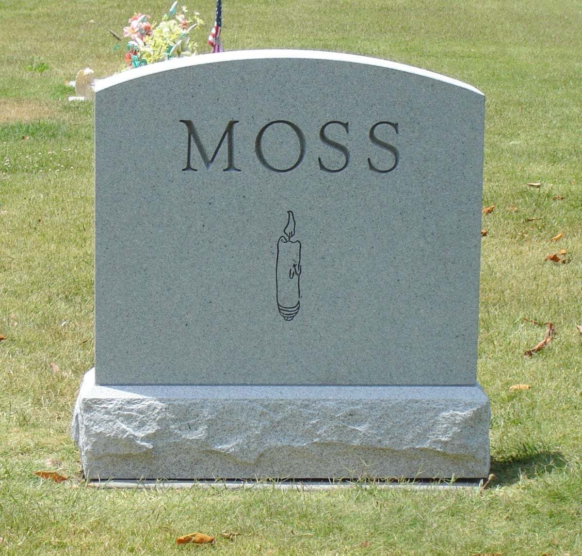 Moss Upright Tablet Headstone